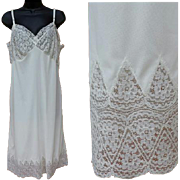 SALE PENDING Vintage Silky White Nylon Slip with Cathedral Lace Size Extra Large Bust 38 Suave