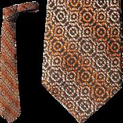 1960s Men's Vintage Necktie Woven Rayon Great Neck Tie