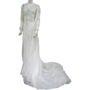 SALE 1930s - 1940s Batiste Wedding Gown Elegant Train Size Small - Medium