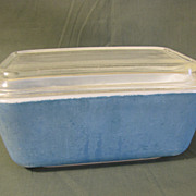 SOLD Vintage Glass Refrigerator Dish w/Lid, PYREX, Blue