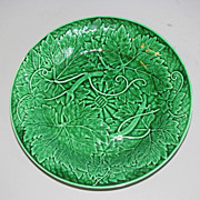 SALE Lovely Vintage Green Majolica Plate WEDGWOOD