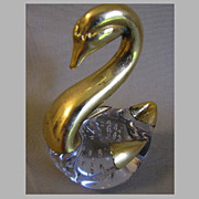 Beautiful Vintage Art Glass Swan with Gold Overlay