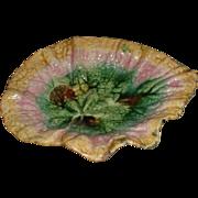 Etruscan (GSH) Begonia Leaf Majolica Pickle Dish