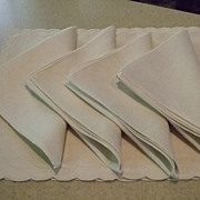 Set Of Vintage Linen Scalloped Embroidered Edge Mats With Napkins