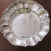 "SALE 9"" Ellis Barker Scalloped Bowl"