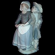 "Lladro Figurine ""Boy Meets Girl"" #1188"