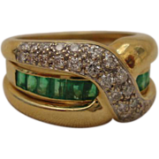 SALE Two in One 18K Yellow Gold Diamond Cross Over Rings Emerald Band