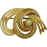 REDUCED Bellini Pin ~ Goldtone, Clear Stones, Faux Pearl ~ Quality