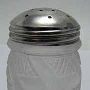 Eapg Victorian glass shaker, 'Zig Zag' pattern, frosted