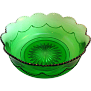 Heisey Glass Emerald green 'Bead Swag' Bowl