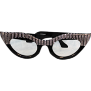 """SALE 17-1/2"""" Wide Salesmen's Sample 1940's Ophthalmologist Lucite Glasses Advertising"""