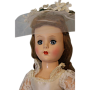 1950 18 inch Roberta Doll Company Bride Hard Plastic Walker Head turns side to side