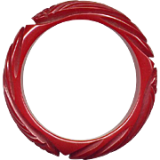 Vintage Carved Chunky Red Bakelite Bangle Bracelet