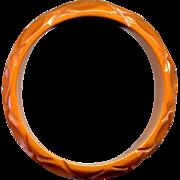 Vintage Carved Caramel Bakelite Bangle