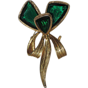 REDUCED Accessocraft N.Y.C. 1960's Emerald Green Glass Butterfly Wing Flower Brooch