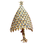 SALE Corocraft 3D Convex Twisted Trunk Christmas Tree Pin ~ Book Piece