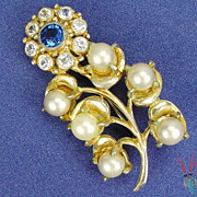Vintage Brooch by Hobe RS Flower w Faux Pearls