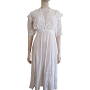 Antique Edwardian White Dress Graduation Lawn Tea Daytime Embroidery Lace