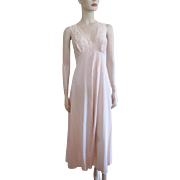 Vanity Fair Pink Lace Negligee Vintage 1960s Maxi Length Bust 38