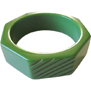 Vintage Green Bakelite Bangle Bracelet Deeply Carved Slash Marks