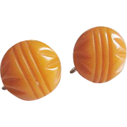 Carved Bakelite Earrings Vintage 1940s Screwback Butterscotch