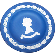 Dark Blue Wedgwood Pin Dish  Silver Jubilee Queen Elizabeth