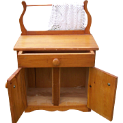 Folk Art  Little Child's  Wood Wash Stand Towel Rack Toy Great to Display