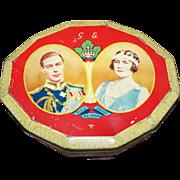 Portrait Double Royalty Tin Souvenir of Visit 1939  Harry Vincent  Blue Bird Advertising Tin