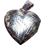 Sweet Little Etched  925 Sterling Silver Heart Locket Pendant