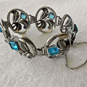 Charming Vintage Sterling Bracelet With Blue Stones