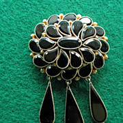 Victorian 10K Onyx Mourning Brooch