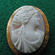 Angelskin Coral Cameo Brooch 9K YG