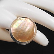 Vintage Lucite Ring - Big Boho Style - Size 9 - Vintage-Heaven