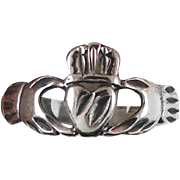 Claddagh Ring, Sterling Silver, Vintage Ring, Irish Jewelry, Celtic Ring, 925, Size 7, Irish W