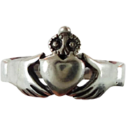 Claddagh Ring, Sterling Silver, Vintage Ring, Irish Jewelry, Celtic Knot Ring, 925, Size 5, Ir