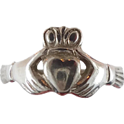 Claddagh Ring, Sterling Silver, Vintage Ring, Irish Jewelry, Celtic Ring, 925, Size 6 1/2, Iri