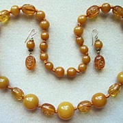 Carved Apple Juice Bakelite Necklace And Earrings