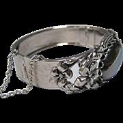Gorgeous Vintage Silver Tone Faux Hematite Hinged Bracelet