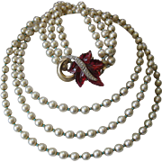 SALE MARVELLA Stunning Vintage Raspberry Molded Glass & Rhinestones Pearls Necklace