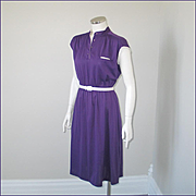 Vintage Authentic 1970s Modern Grape Purple with White Trim Knit Day Dress M