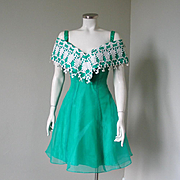 Vintage 1980s Celtic Green Party Dress with White Lace Off The Shoulder Collar S