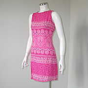 Vintage 1970s Pink and White Paisley Sleeveless Shift Dress S