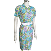 Vintage 1960s Lightweight Spring Summer Abstract Watercolor Floral Print Blue Green Purple Whi
