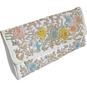 Vintage 1960s Quilted and Embroidered White with Pastel Flowers Summer Clutch Handbag Purse fr