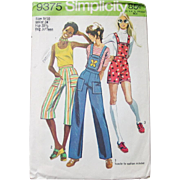 Vintage 1970s 1971 Simplicity Sewing Pattern 9375 Shorts Gauchos Capris Overalls Pants