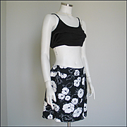 Vintage 1970s Eastmoor Black and White Flower Poppy Print Skort
