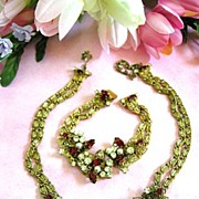 SALE Exquisite Designer Ruby Red Rhinestone Faux Pearl Vintage Necklace and Earrings