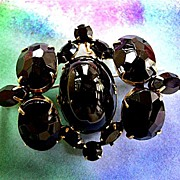 SALE Gorgeous Vintage Schreiner Jet Black Cabochon Chunky Brooch