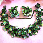 SALE Gorgeous Regency  Forest Green Chunky Bracelet and Earrings