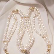 SALE Beautiful McKesson Vintage 10k GoldTriple strand Cultured Freshwater pearl Necklace Marke